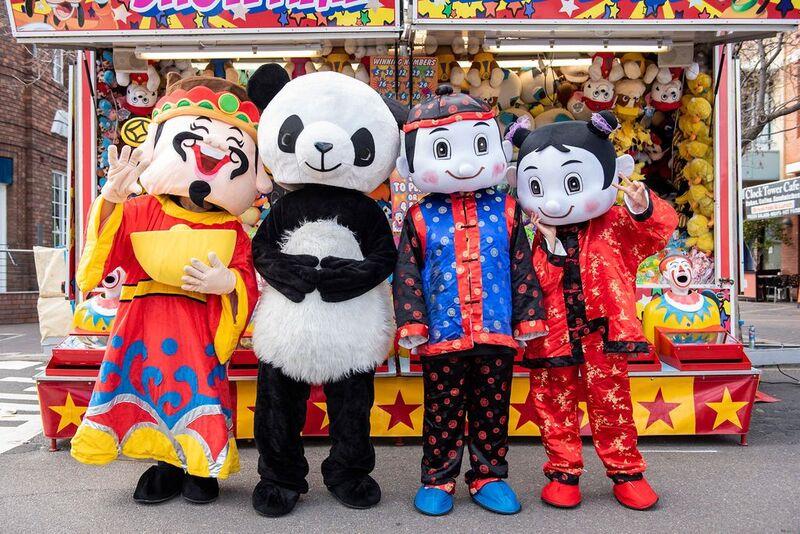 Volunteers in Chinese Costume