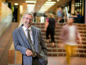 Promoting equal access to university - Geoff Whitty