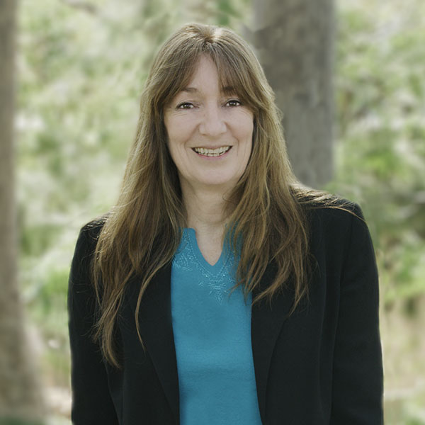 Associate Professor SuzanneEvans