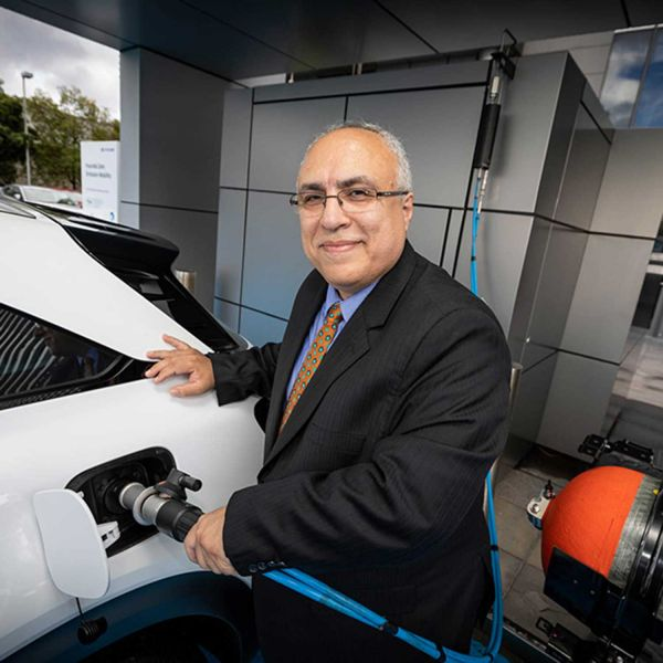 Professor Behdad Moghtaderi refills a hydrogen vehicle with his team's Green Hydrogen