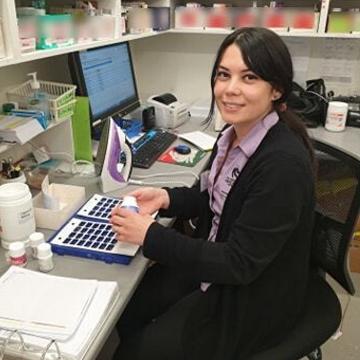Pharmacy student Stephanie