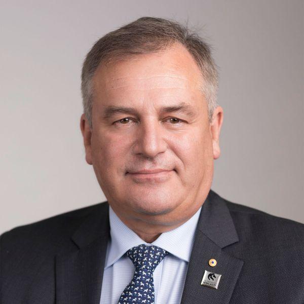 Professor Alex Zelinky AO