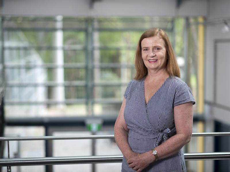 Dr Moira Graves