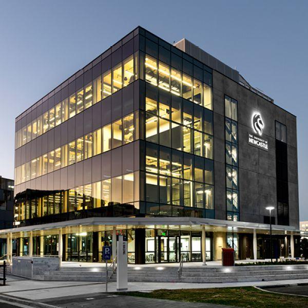 Q Building