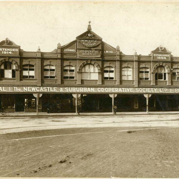 The Newcastle & Suburban Co-Coperative Society Ltd at its Charlton (now Hunter Street West) premises, [1914]