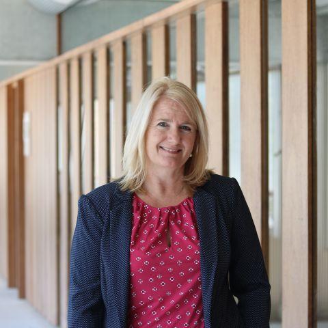Dr Sally Hewat