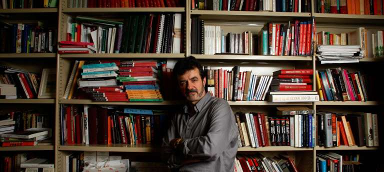 Associate Professor Roger Markwick