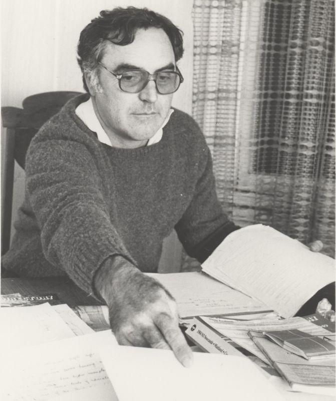 Dr Bill Jonas