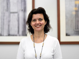 Associate Professor Regina Berretta