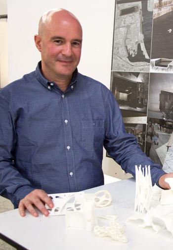 Yannis Zavoleas