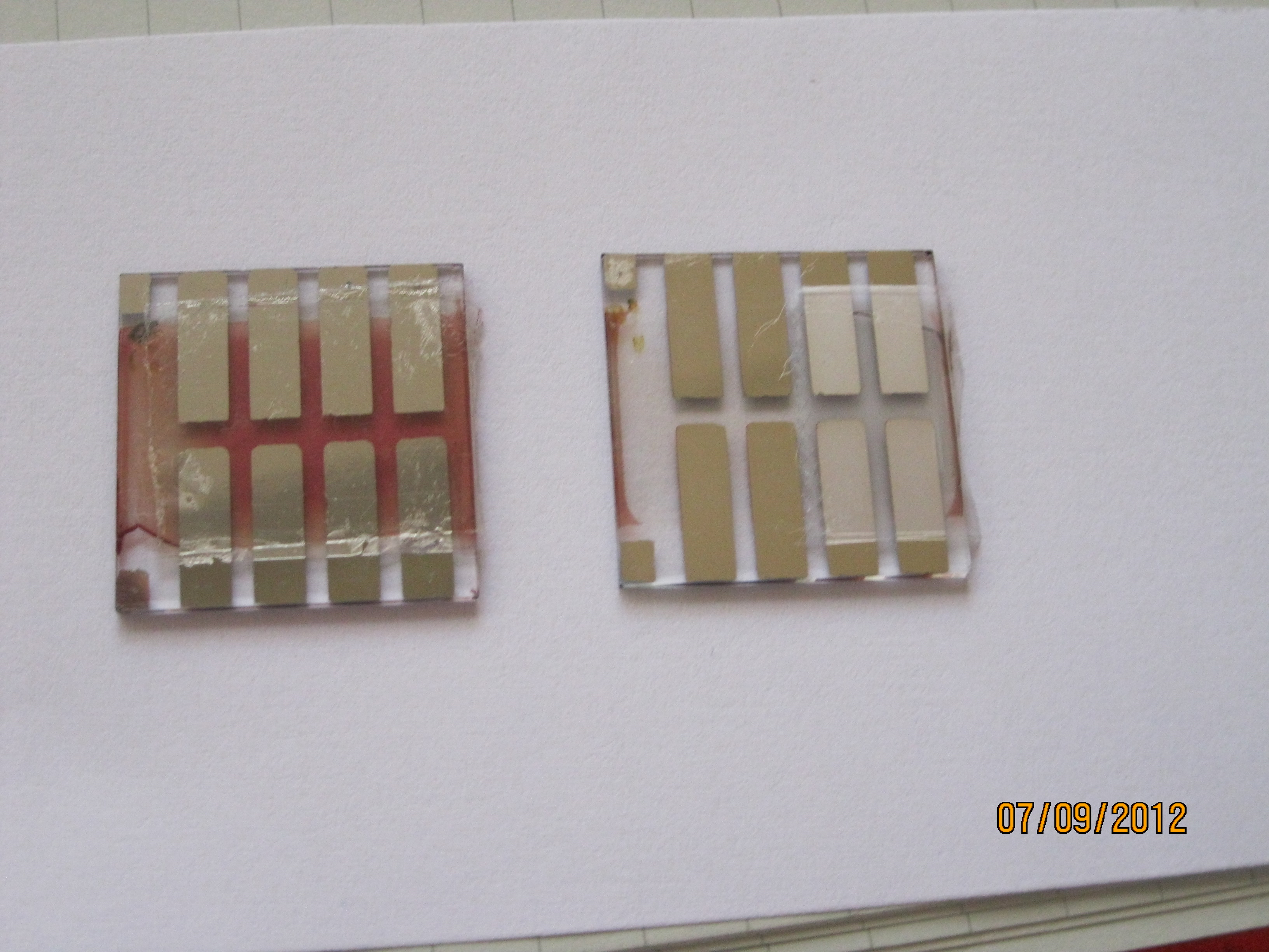 Organic solar cell showing photo bleaching without protection