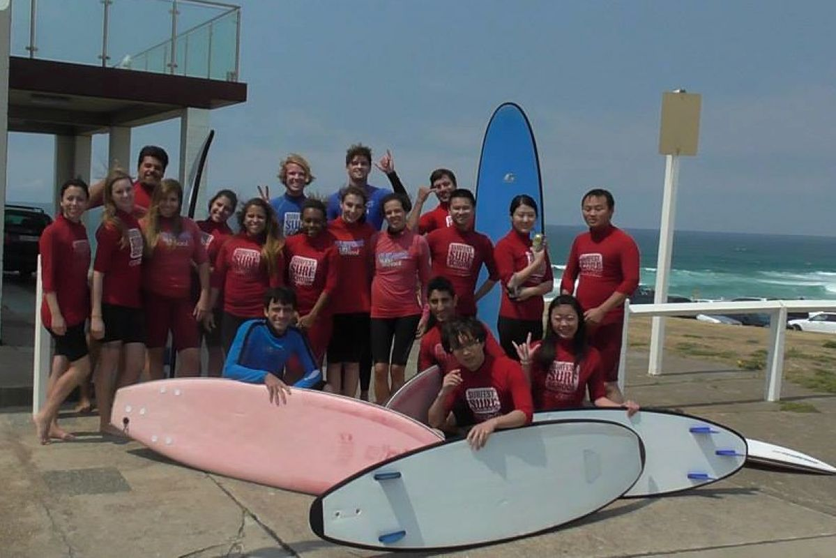 Surfing-Lessons-Group-shot.jpg