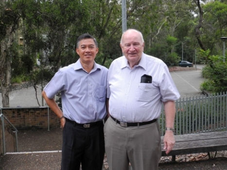 CHOO Heng Thong with Professor Alan Roberts